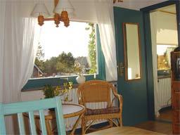 Ferienwohnung 2: Blick zum Fenster