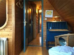 Ferienwohnung 3 - Blick durch den Flur zum Wohnzimmer